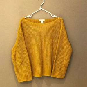 🦊 3 for $25 H&M Mustard Yellow Sweater